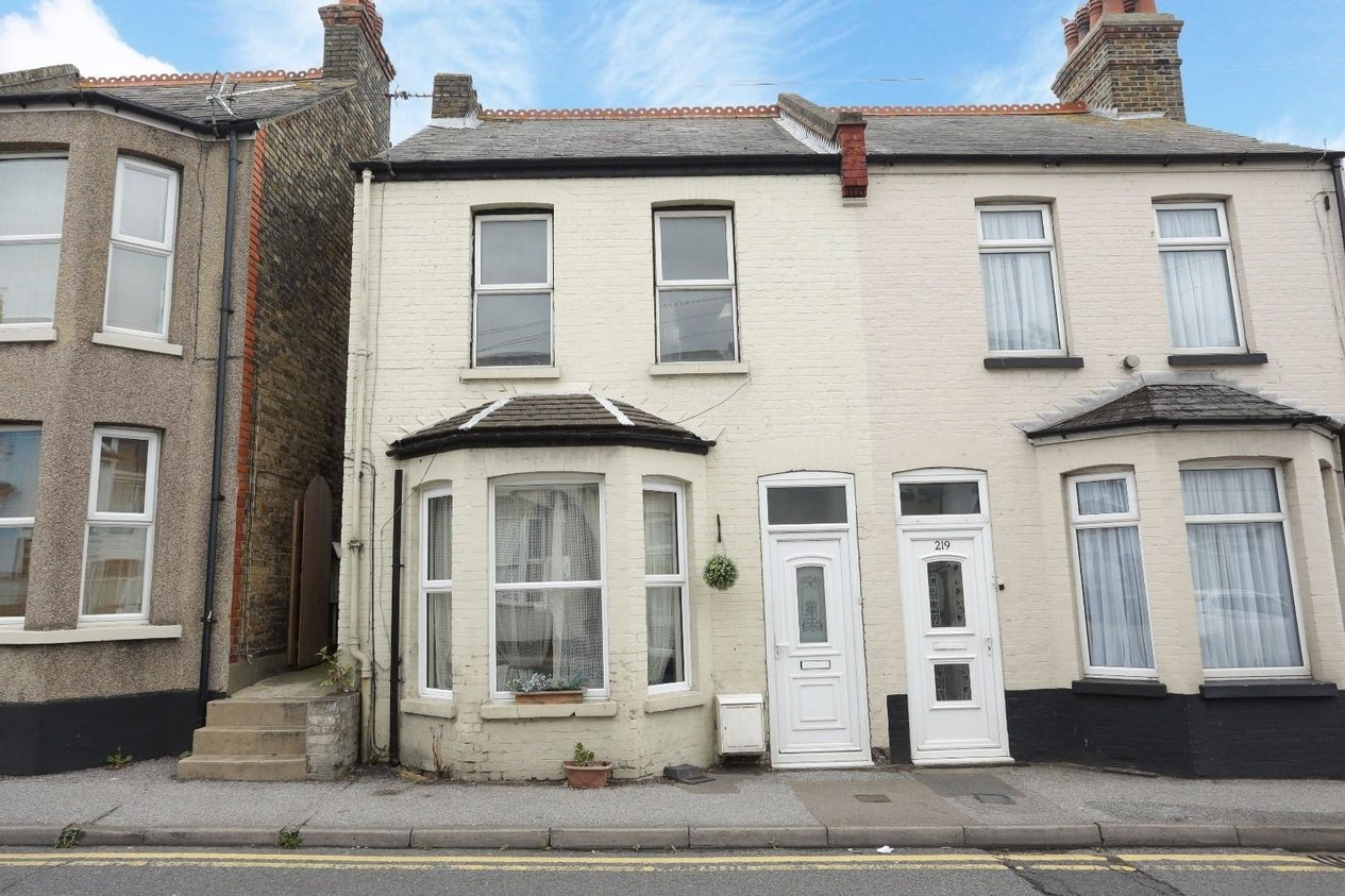 Properties Sold Subject To Contract in Newington Road