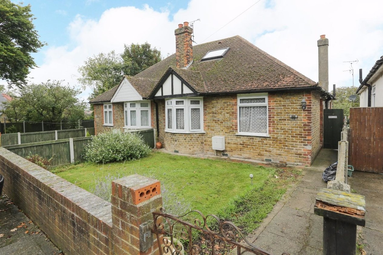 Properties For Sale in Newlands Road