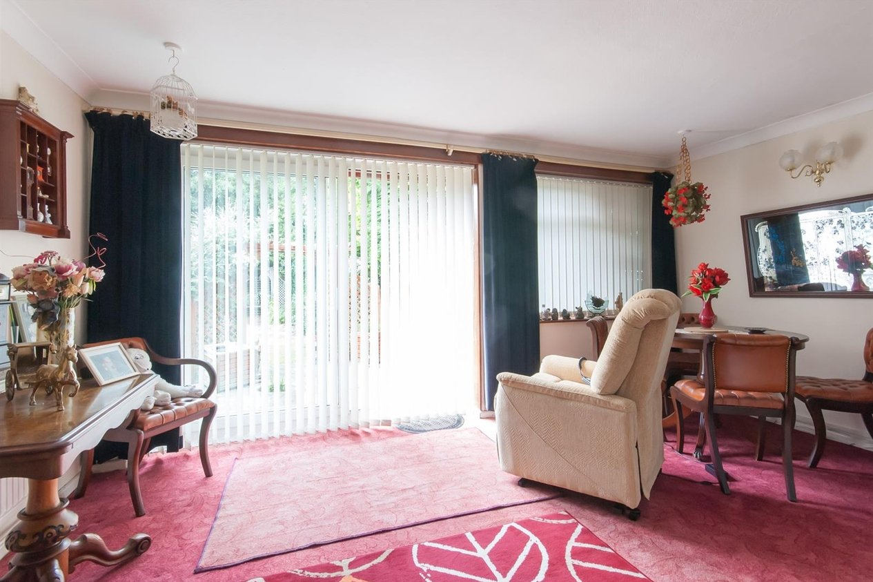 Properties Sold Subject To Contract in Noble Gardens