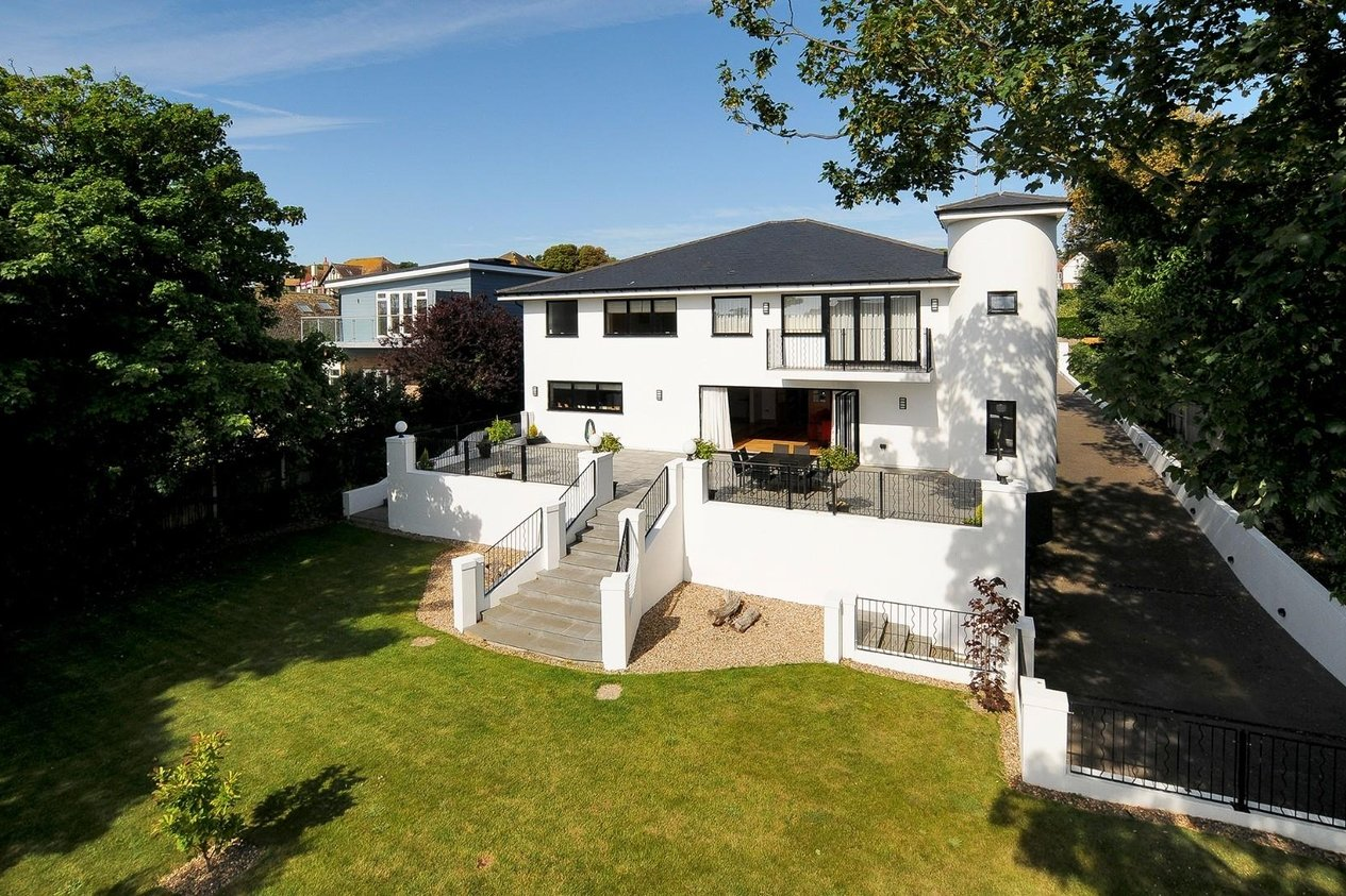 Properties For Sale in North Foreland Avenue