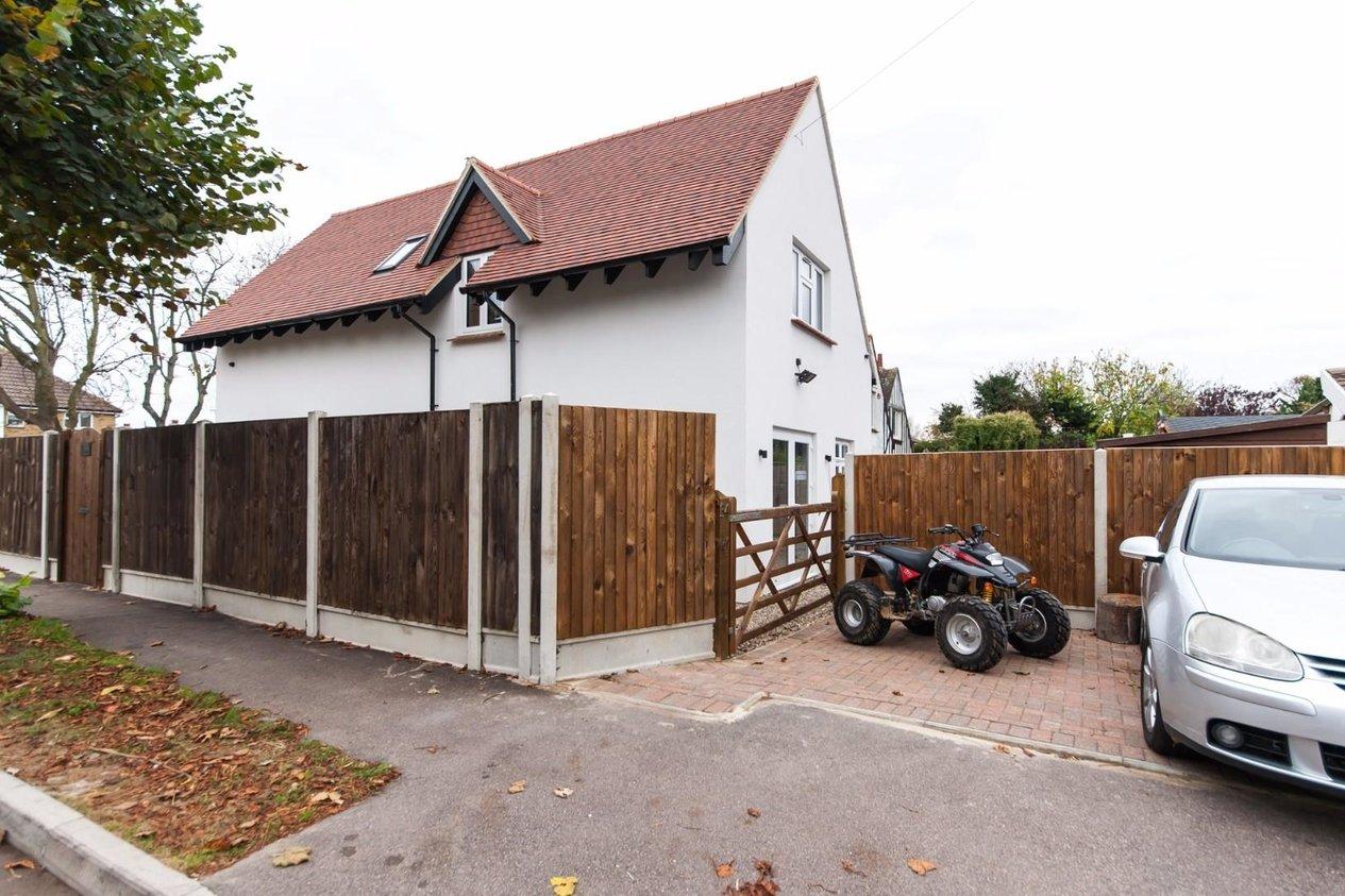 Properties For Sale in Northdown Way