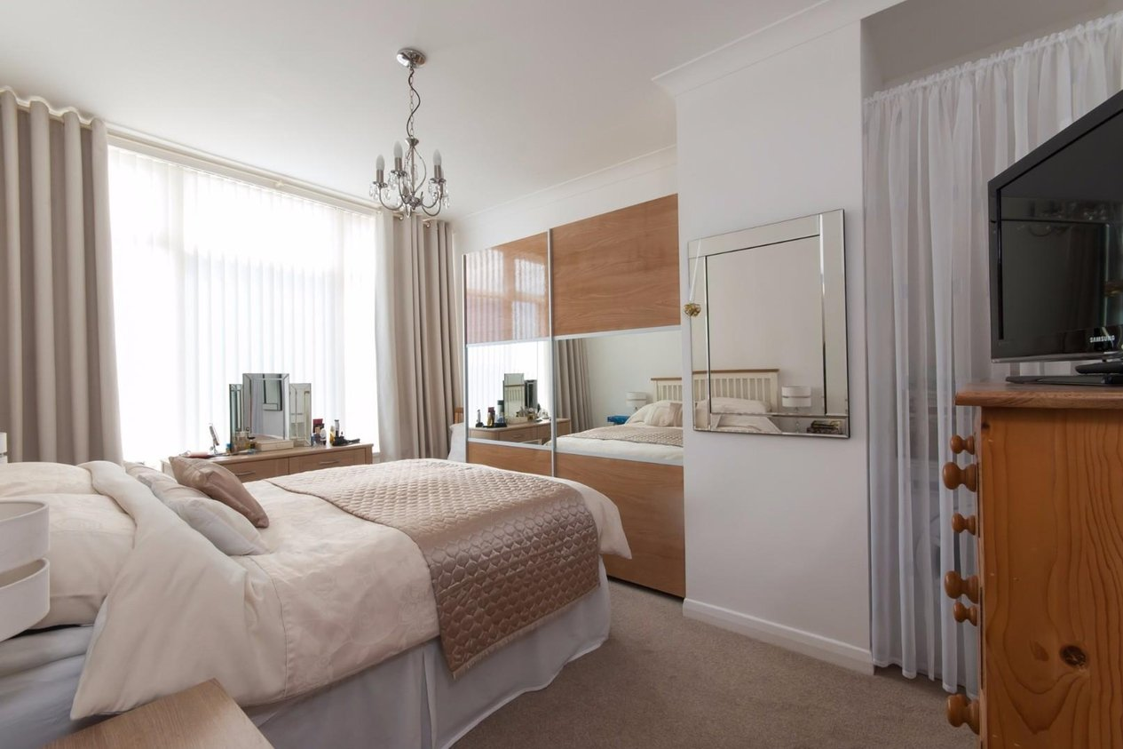 Properties For Sale in Northumberland Avenue