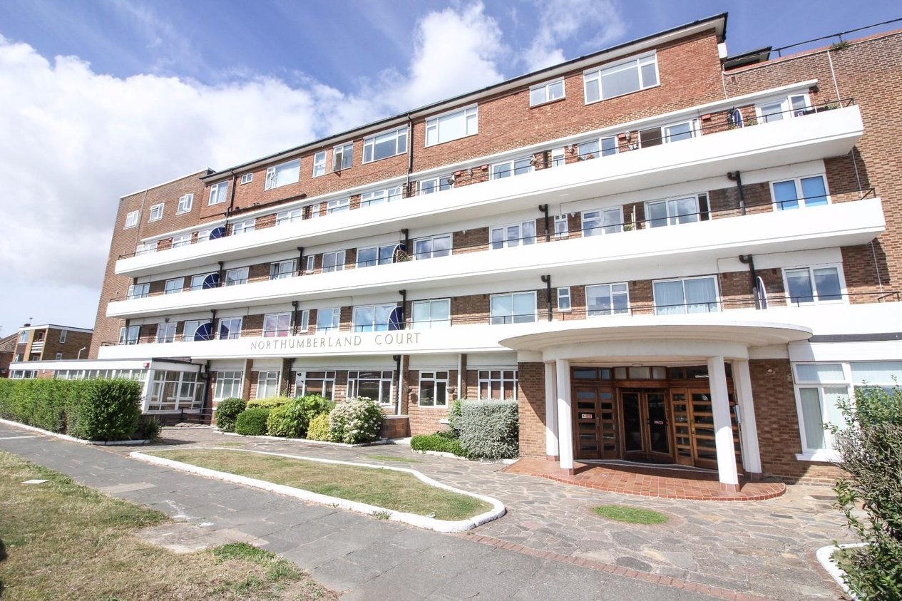 Properties For Sale in Northumberland Court Northumberland Avenue