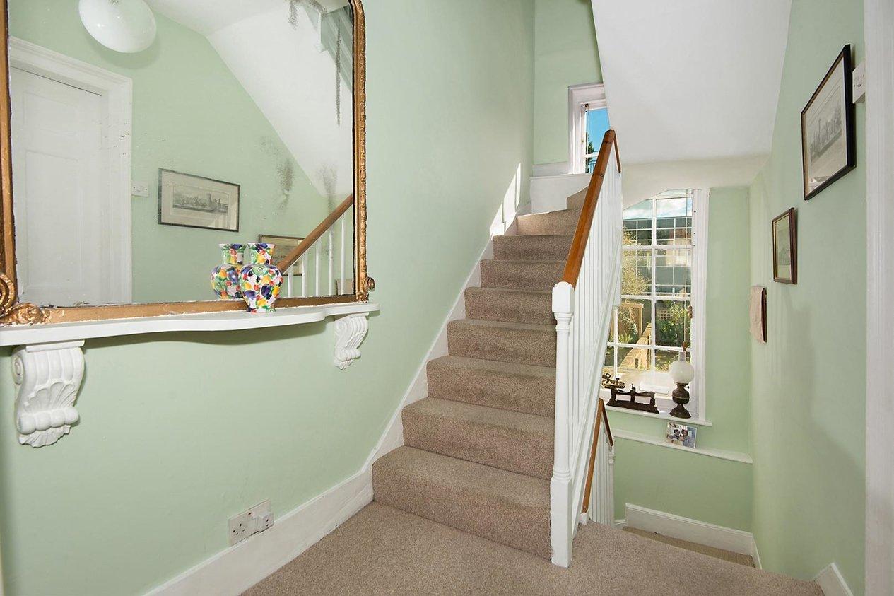 Properties For Sale in Oaten Hill