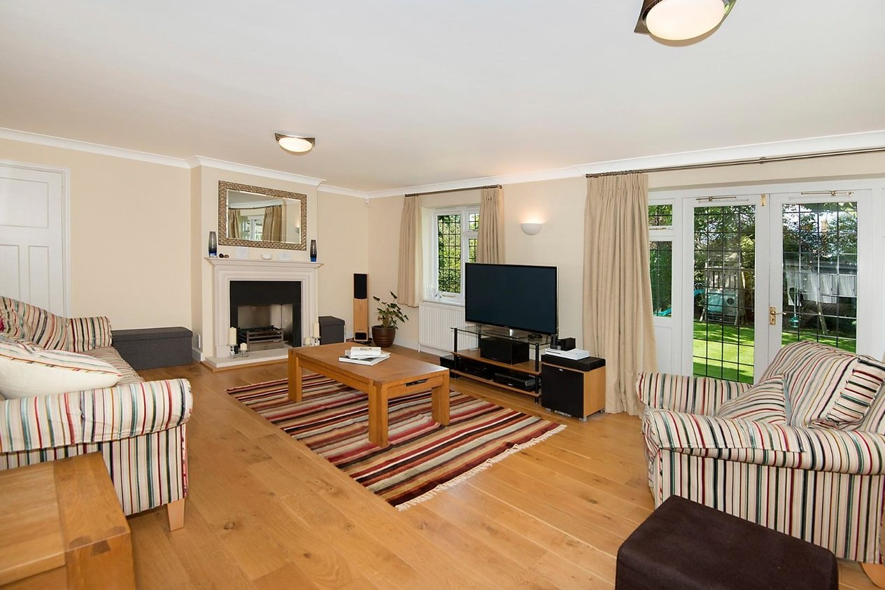 Properties Sold Subject To Contract in Old Dover Road