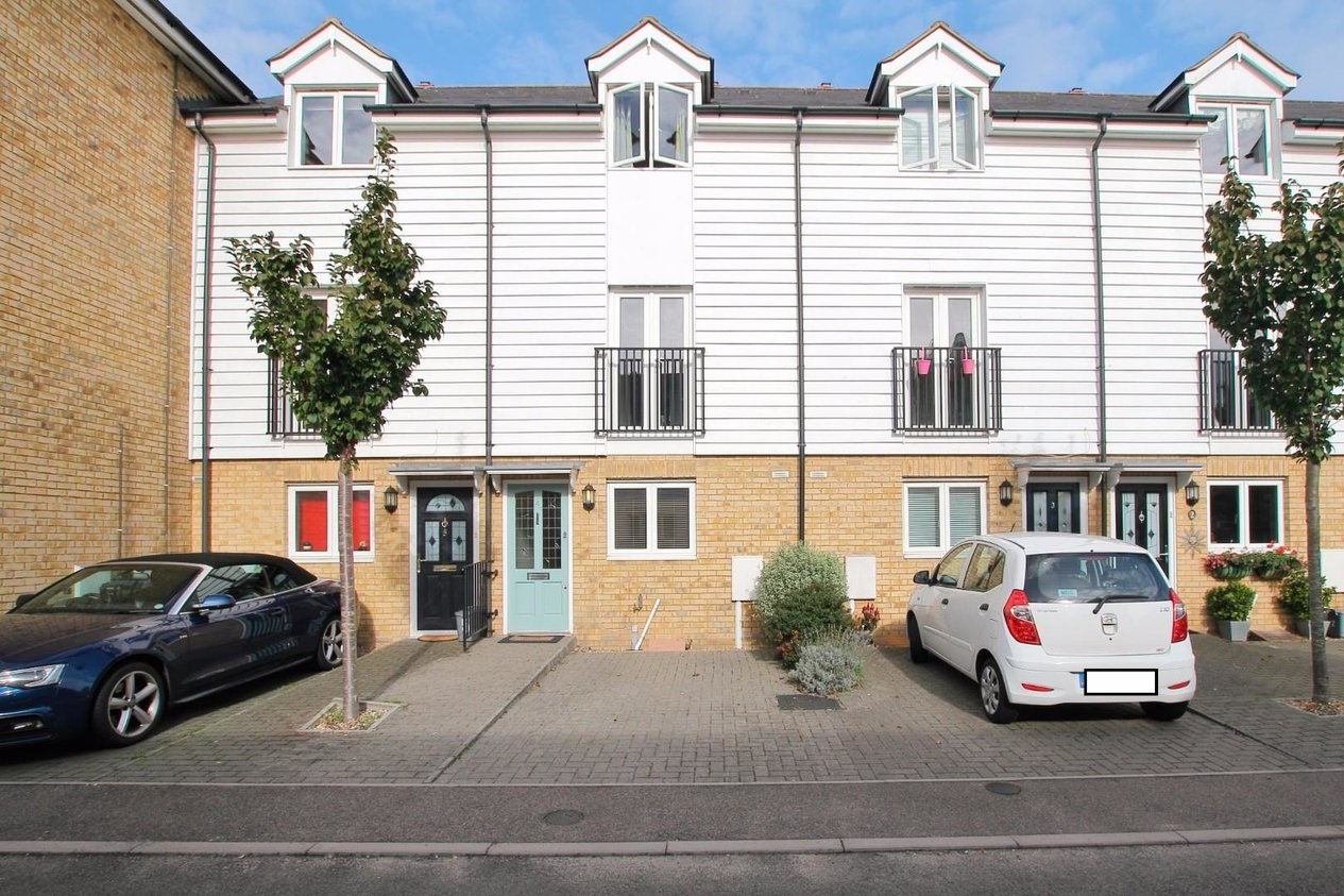 Properties Sold Subject To Contract in Old Printworks Close