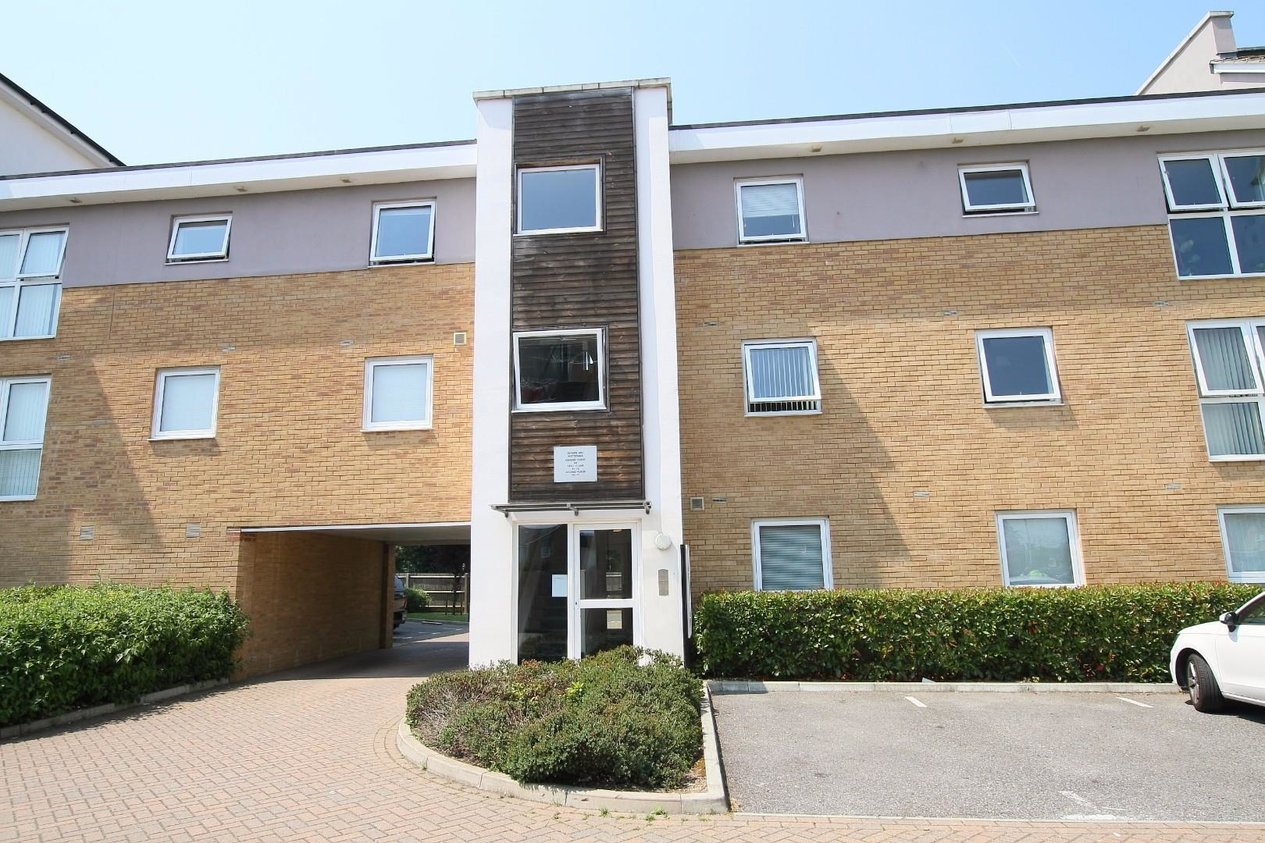 Properties Sold Subject To Contract in Olympia Way