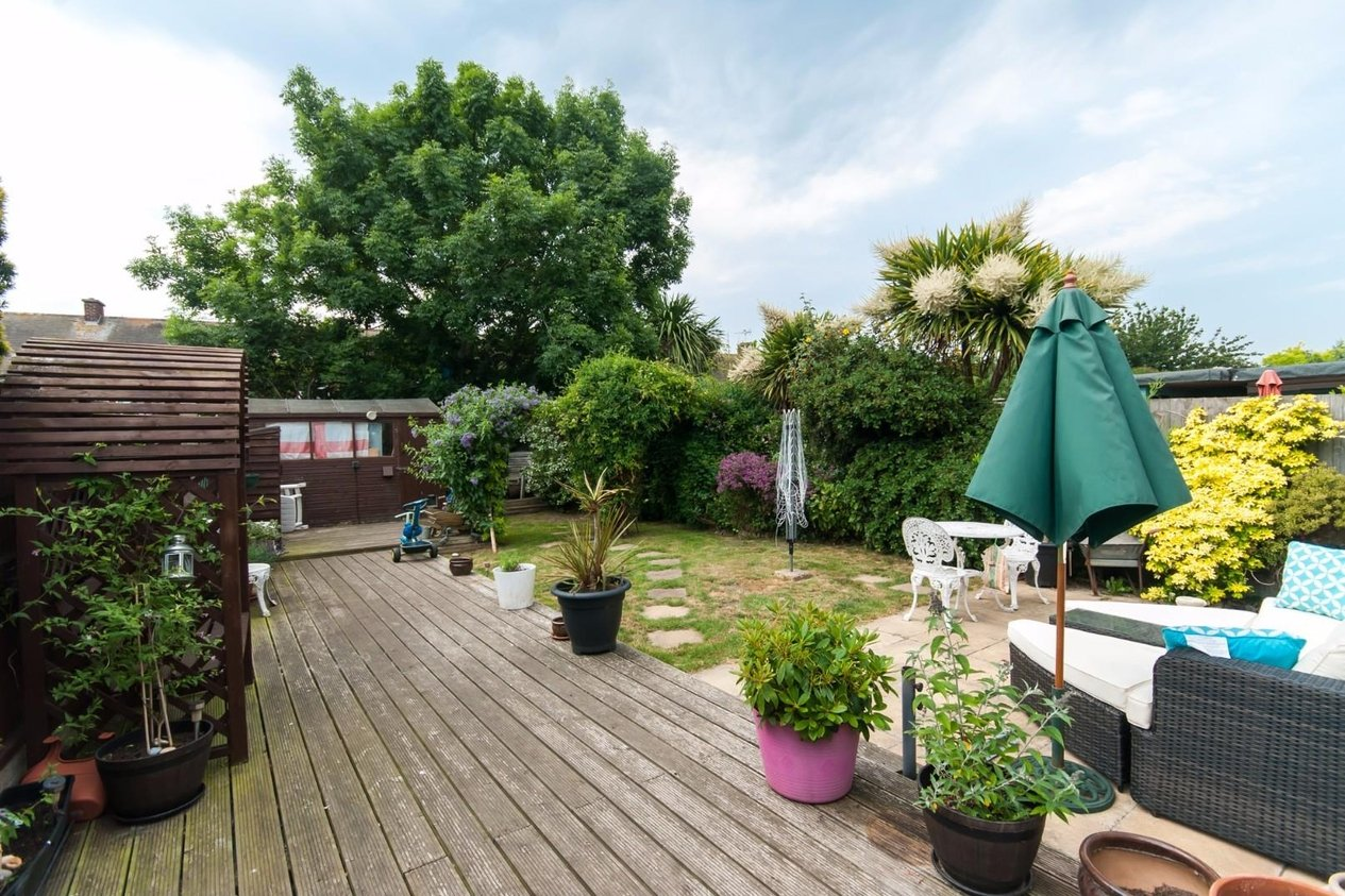 Properties For Sale in Orchard Avenue