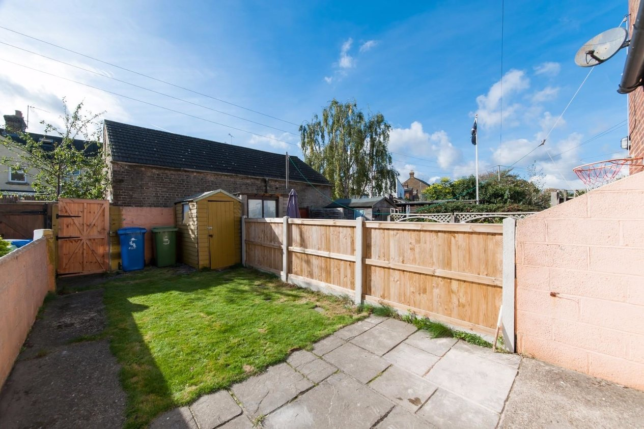 Properties Sold Subject To Contract in Orchard Place Faversham
