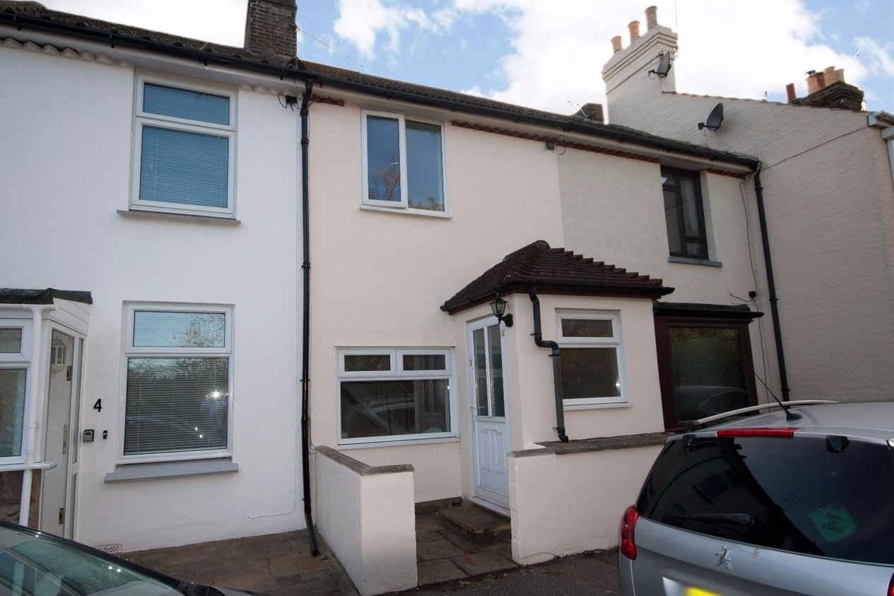 Properties For Sale in Orchard Place Faversham