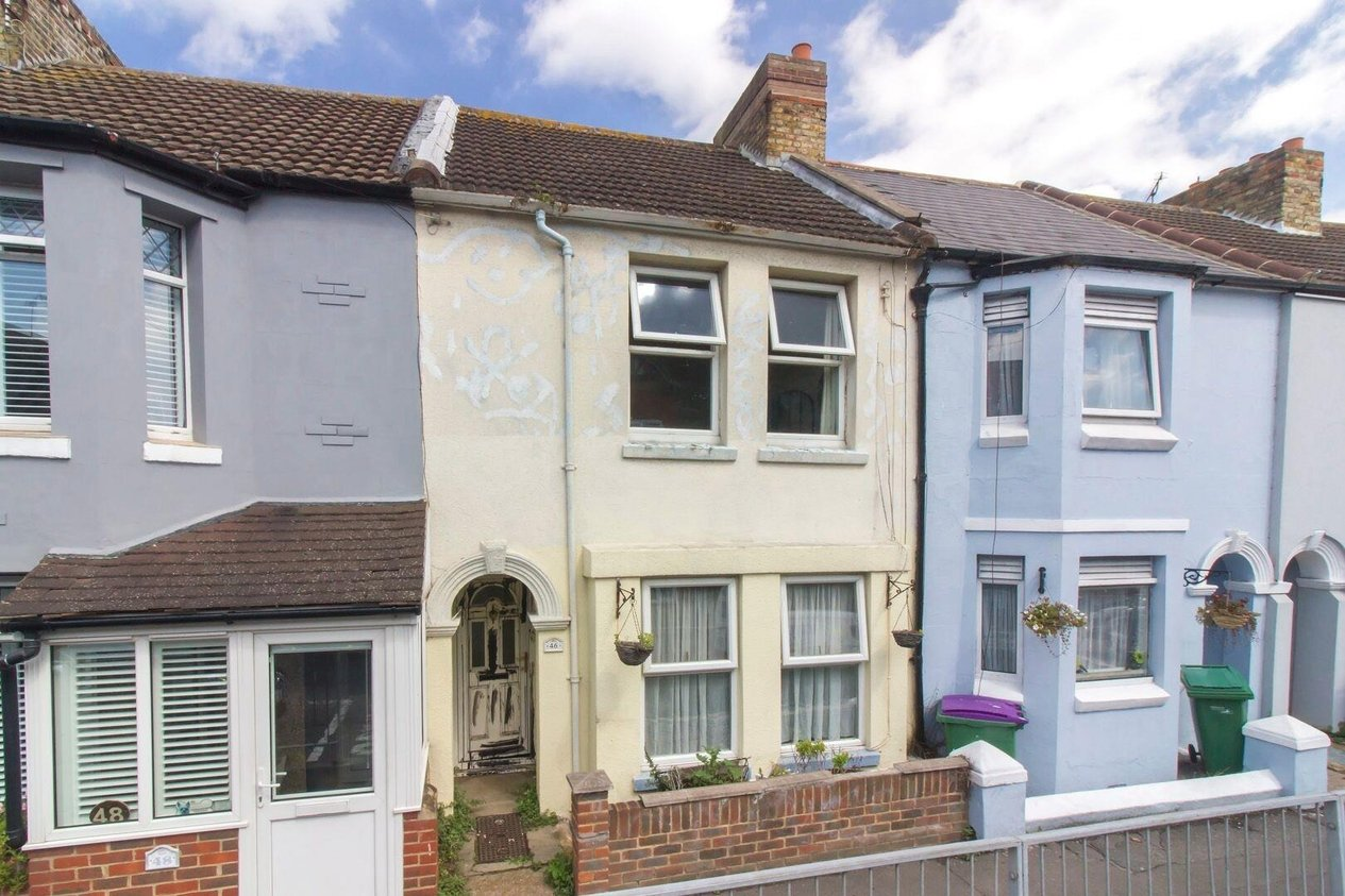 Properties Sold Subject To Contract in Pavilion Road