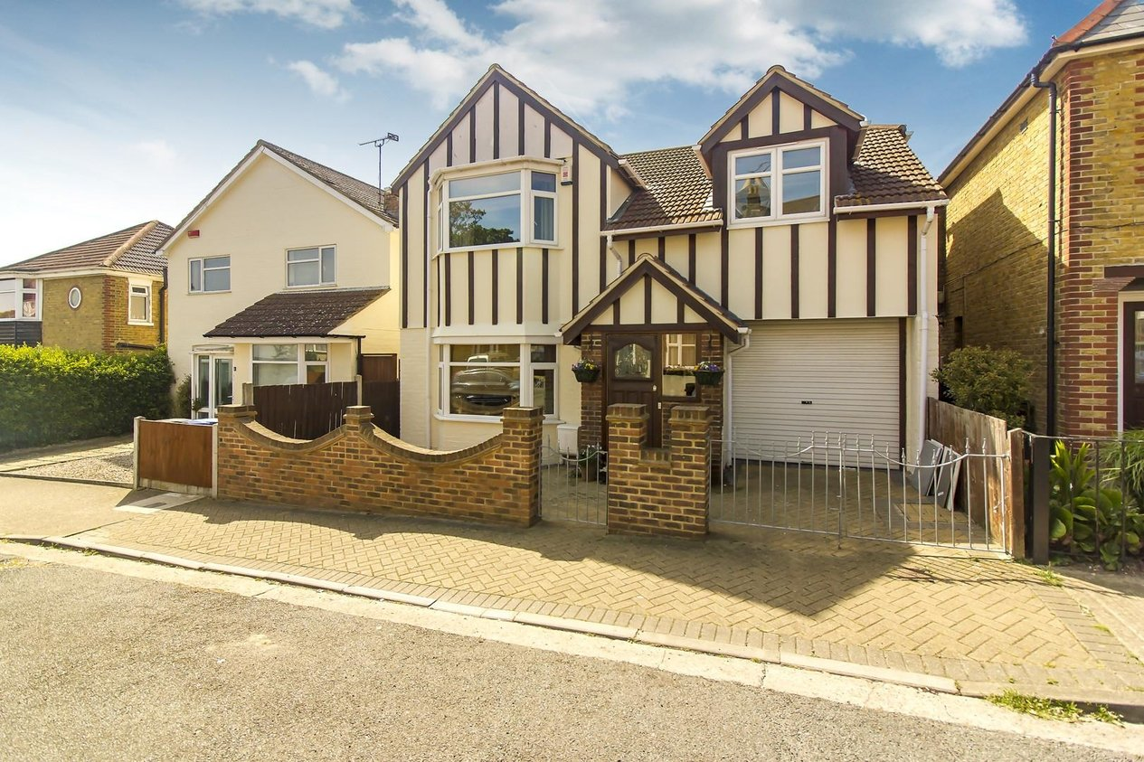 Properties Sold Subject To Contract in Pegwell Avenue
