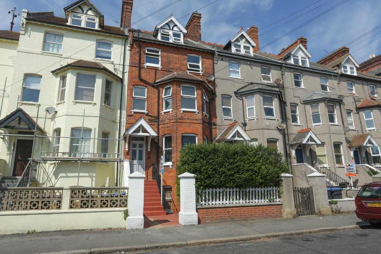 Properties Sold Subject To Contract in Penshurst Road