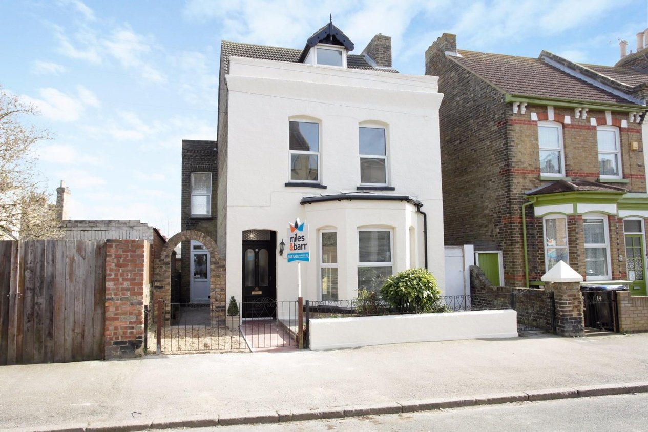 Properties For Sale in Picton Road