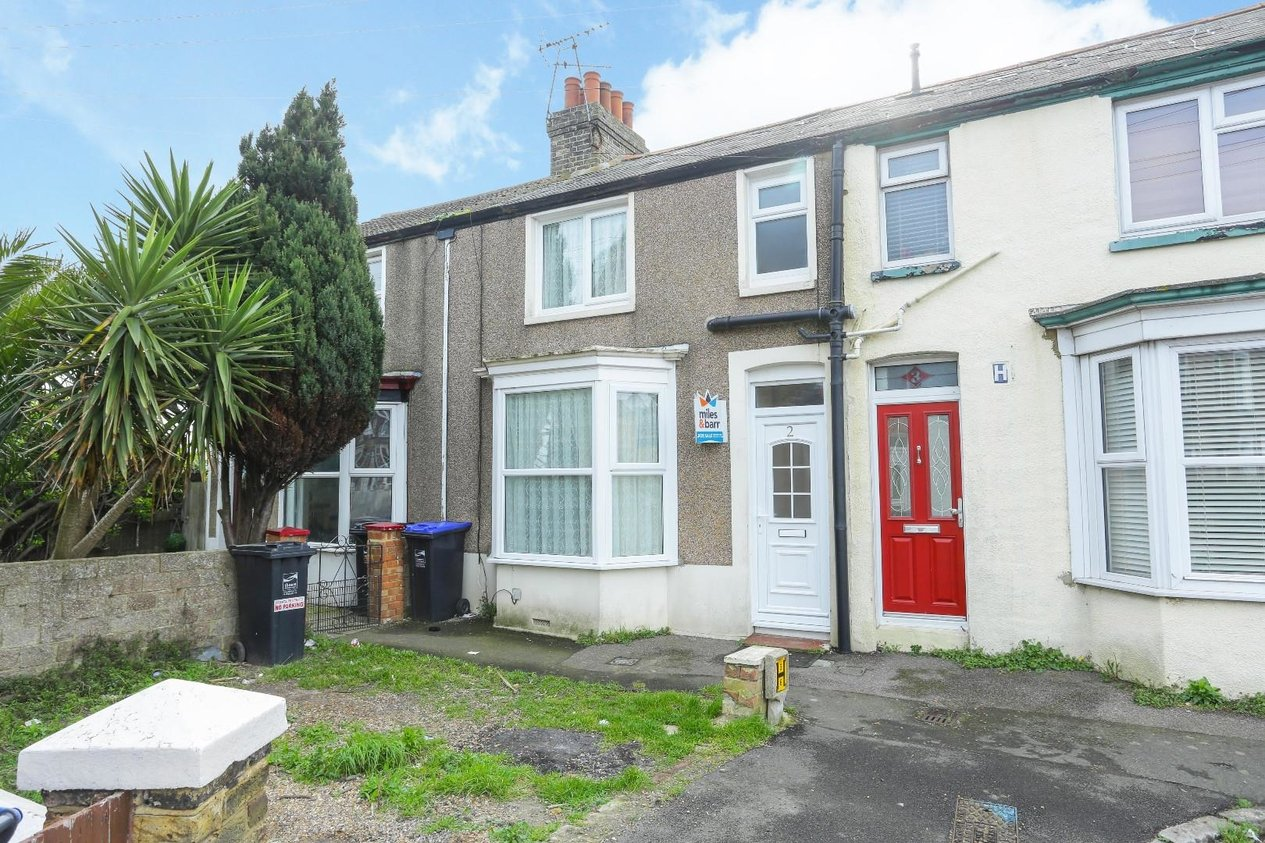 Properties Sold Subject To Contract in Poets Corner