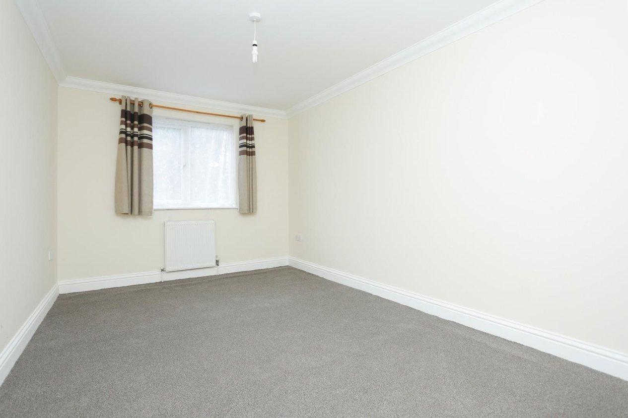 Properties For Sale in Poplar Road