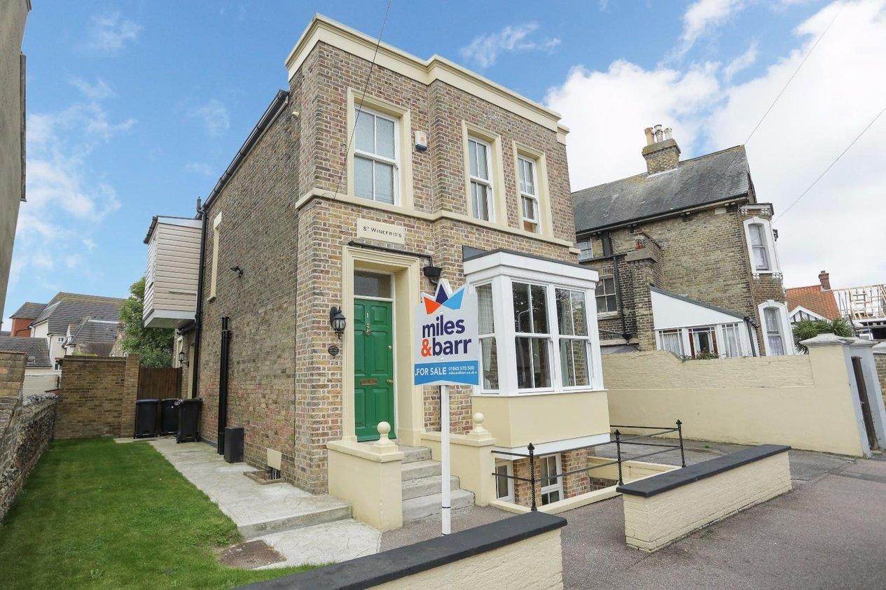 Properties For Sale in Queen Bertha Road