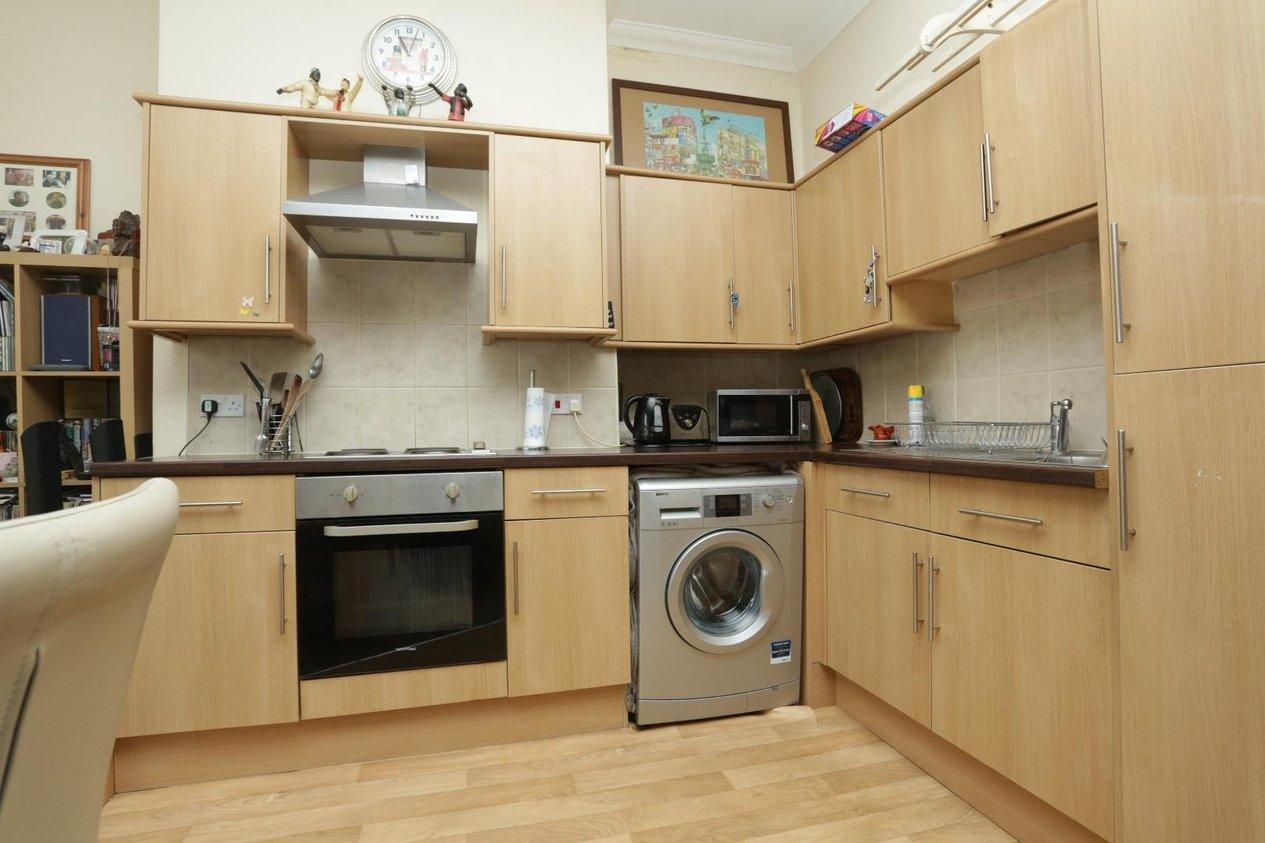 Properties Sold Subject To Contract in Queen Street