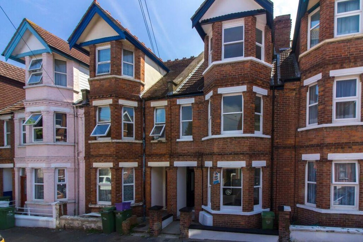 Properties Sold Subject To Contract in Radnor Park Crescent