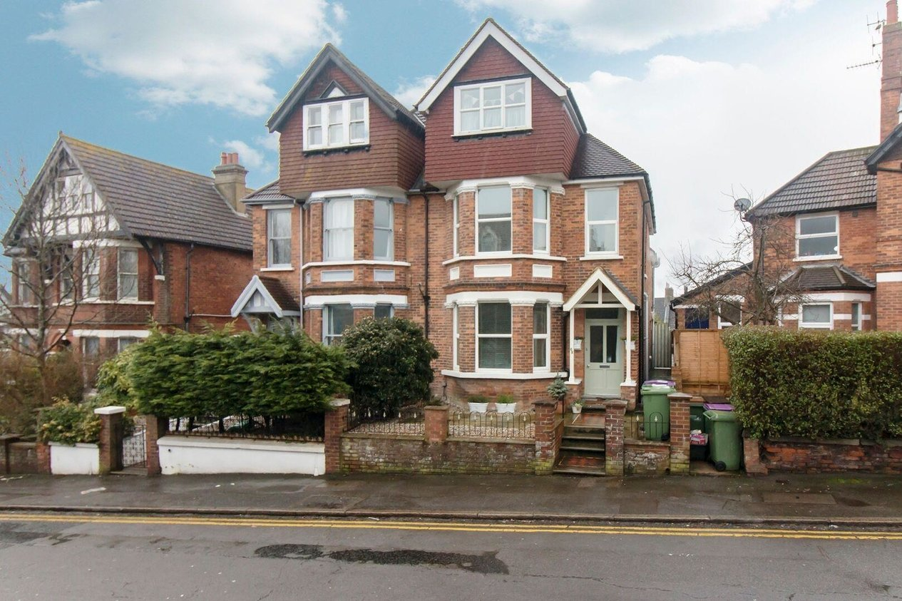 Properties Sold Subject To Contract in Radnor Park Road