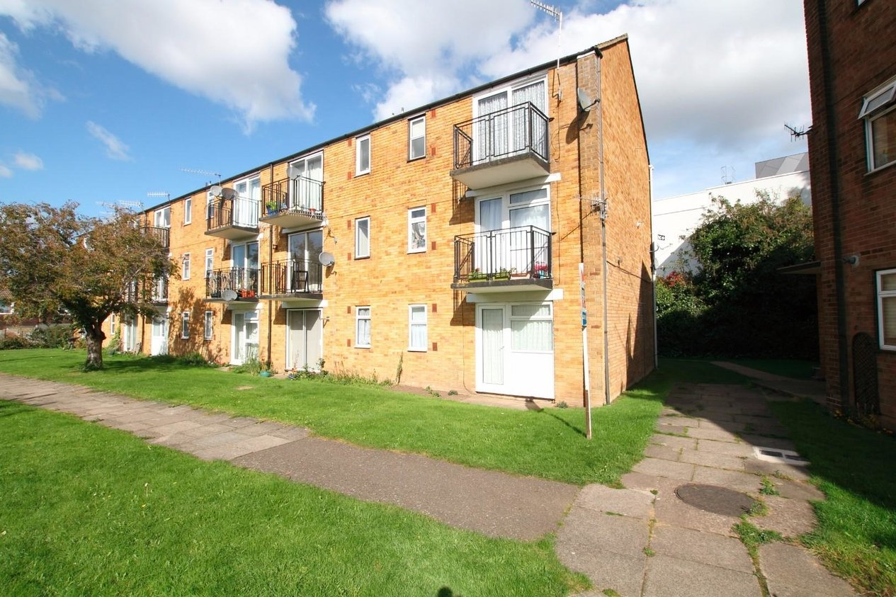 Properties Sold Subject To Contract in Rhodaus Close