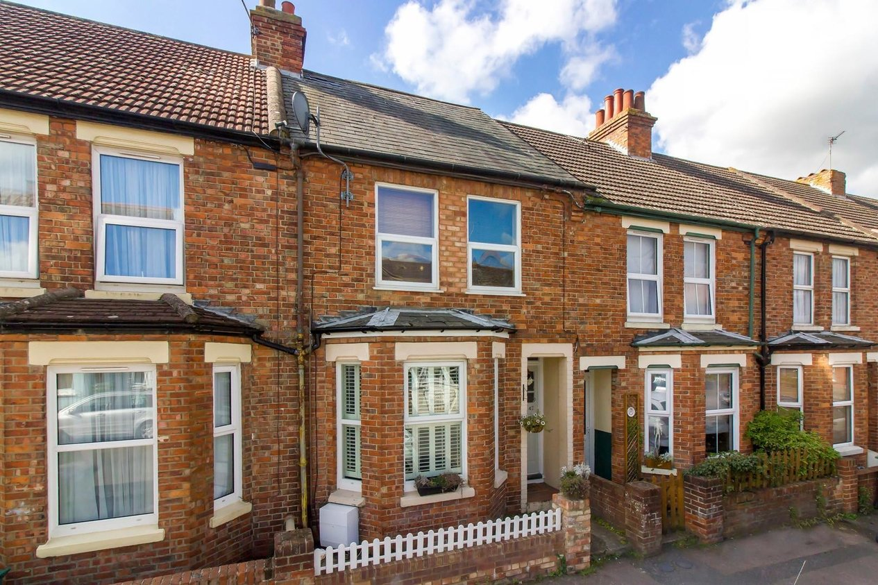 Properties Sold Subject To Contract in Richmond Street