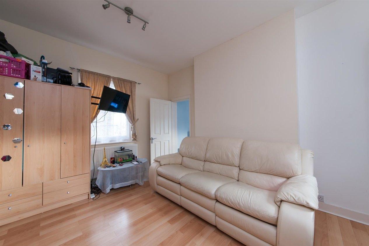 Properties For Sale in Roxburgh Road