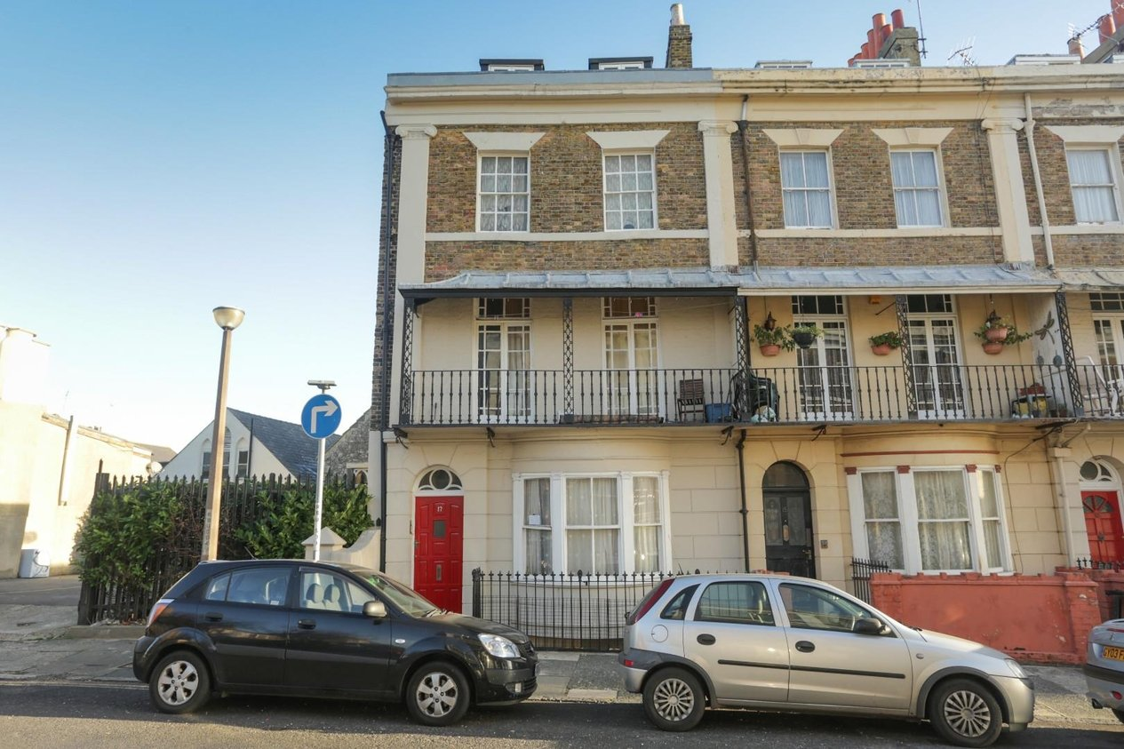 Properties For Sale in Royal Road