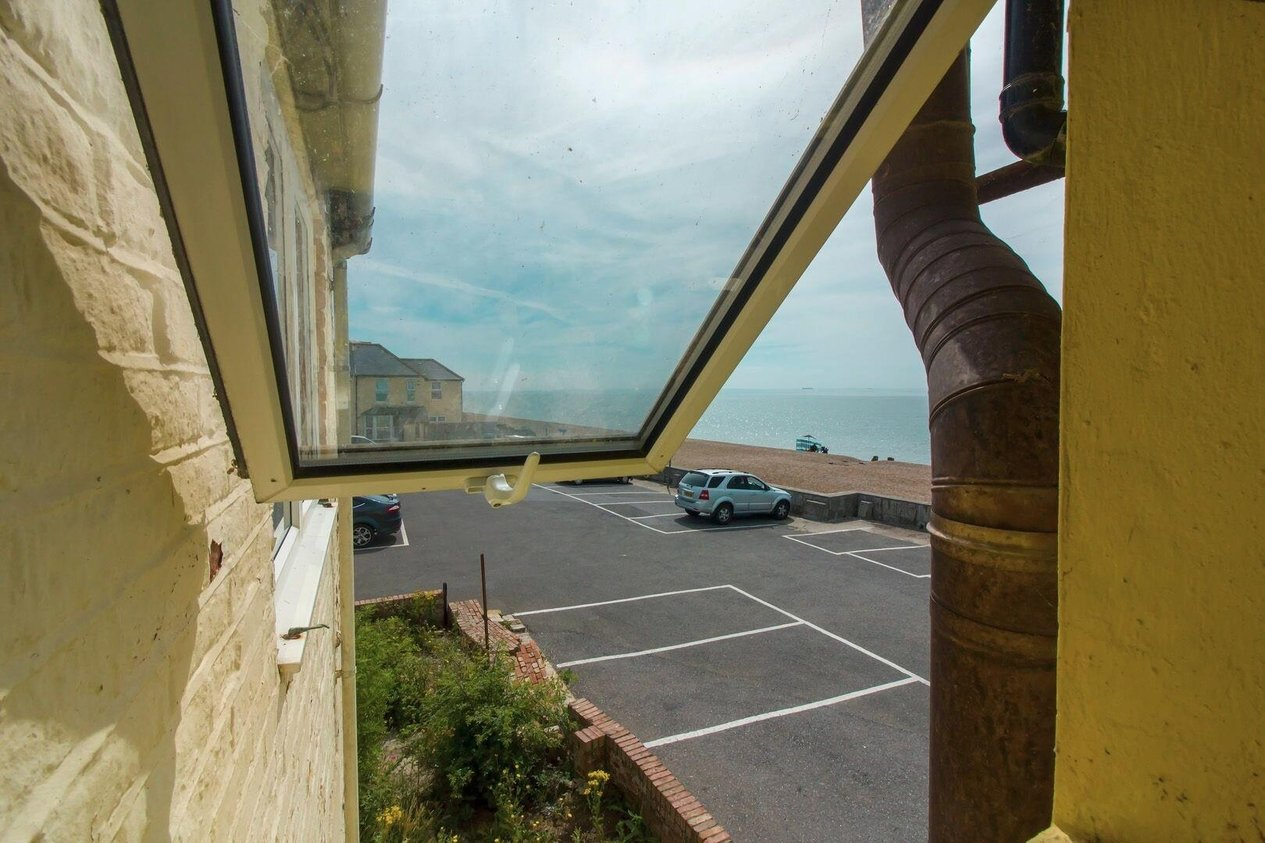 Properties Sold Subject To Contract in Granville Road East Sandgate