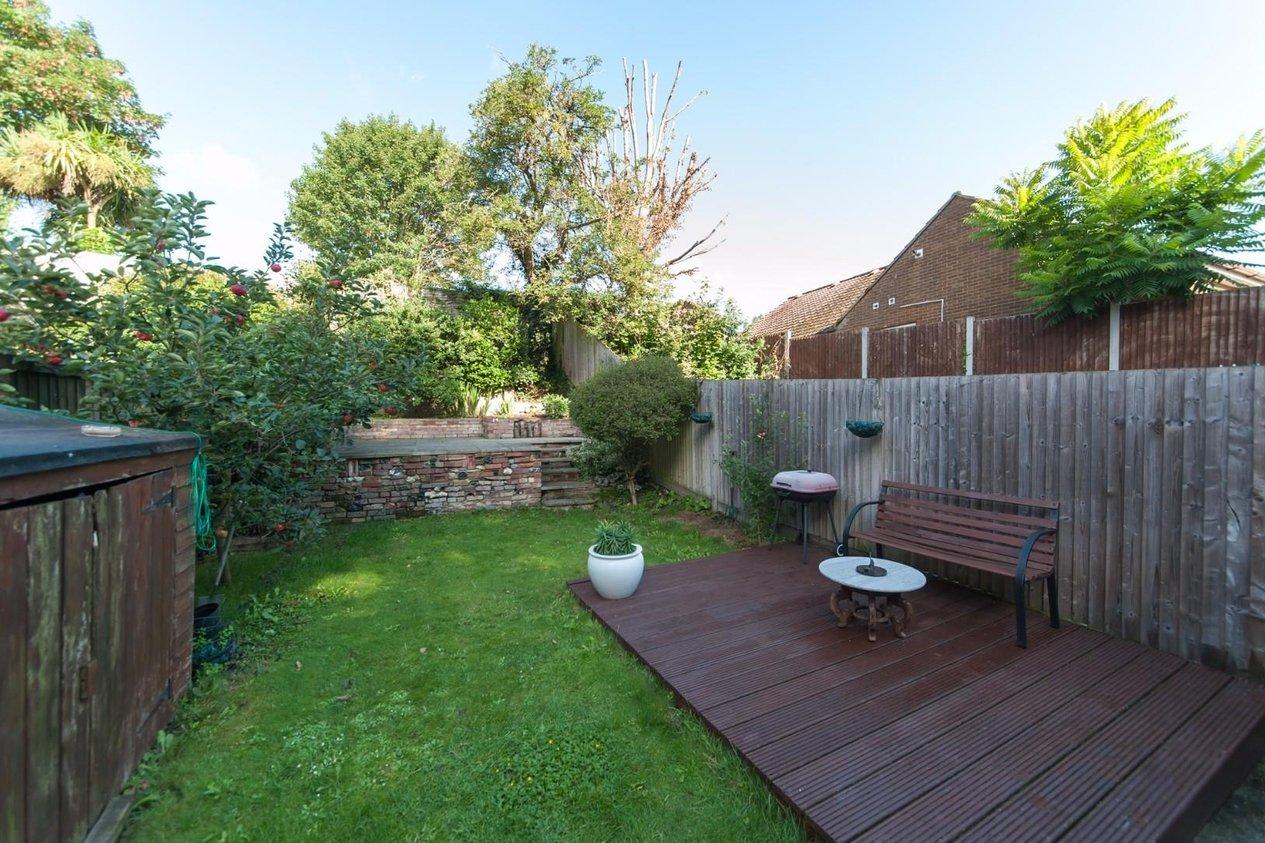 Properties For Sale in Sandwich Road Eastry
