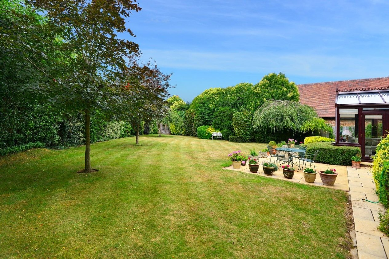 Properties For Sale in Chantry Park Sarre