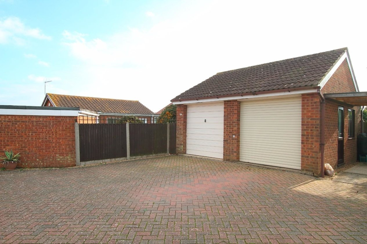 Properties For Sale in Savernake Drive