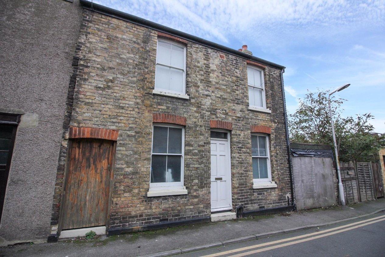 Properties For Sale in School Lane