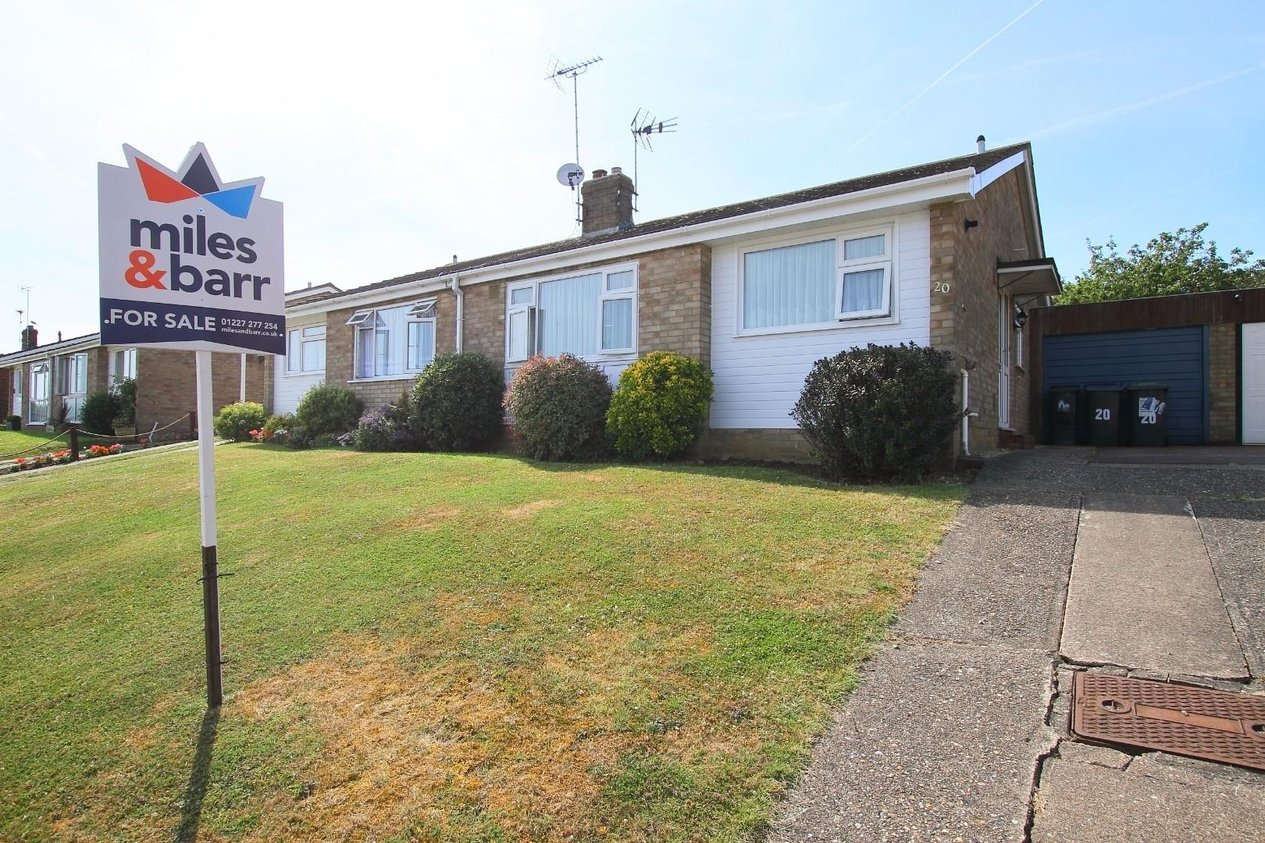 Properties Sold Subject To Contract in Shearwater Avenue