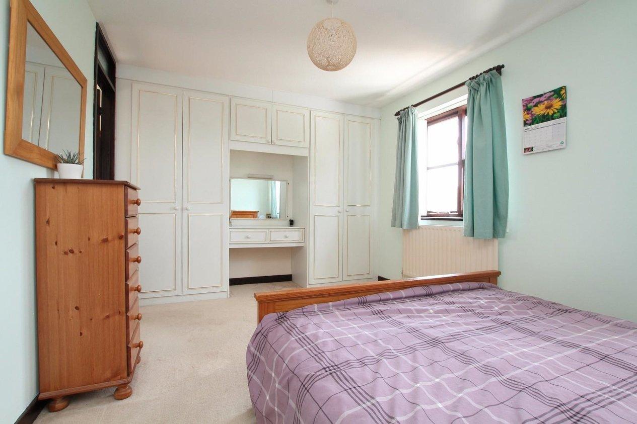 Properties For Sale in Shepherdsgate Drive