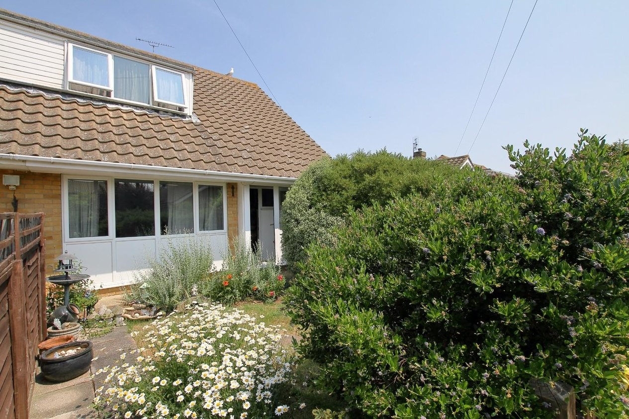 Properties Sold Subject To Contract in Sherwood Close