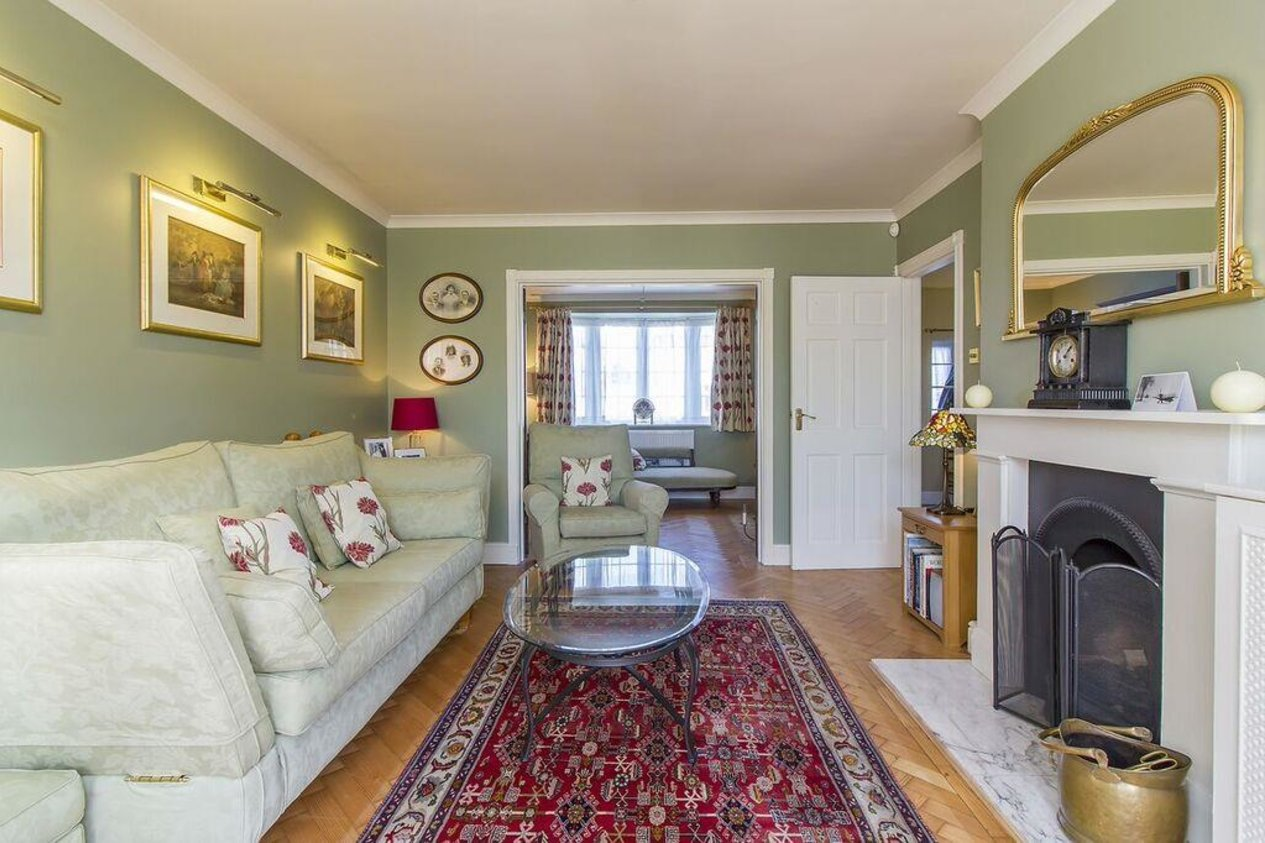 Properties For Sale in Shorncliffe Crescent