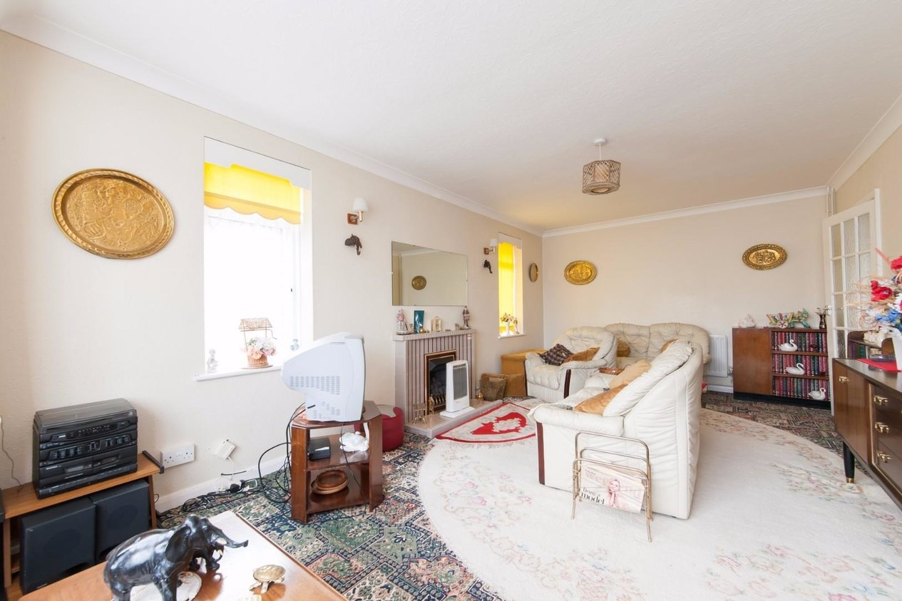 Properties For Sale in Smugglers Way