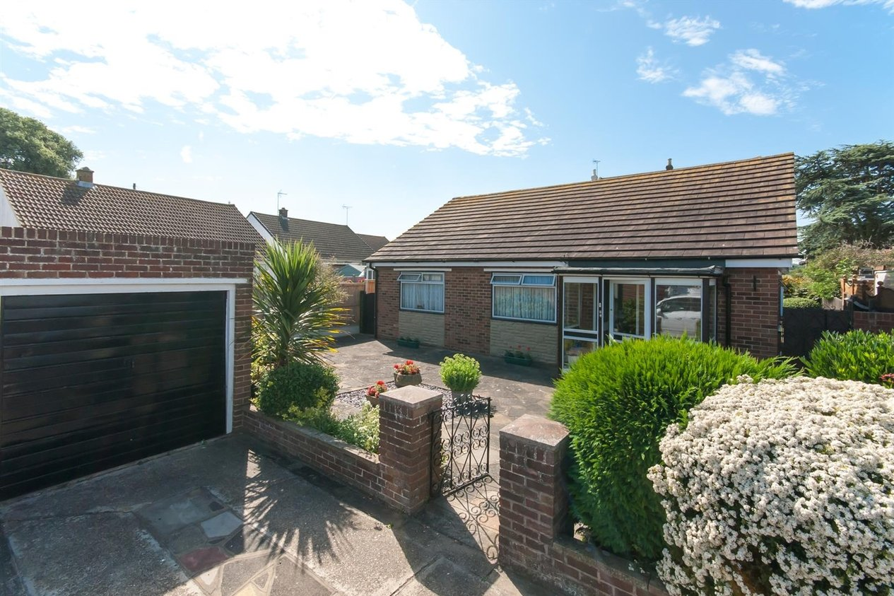 Properties For Sale in St. Davids Close