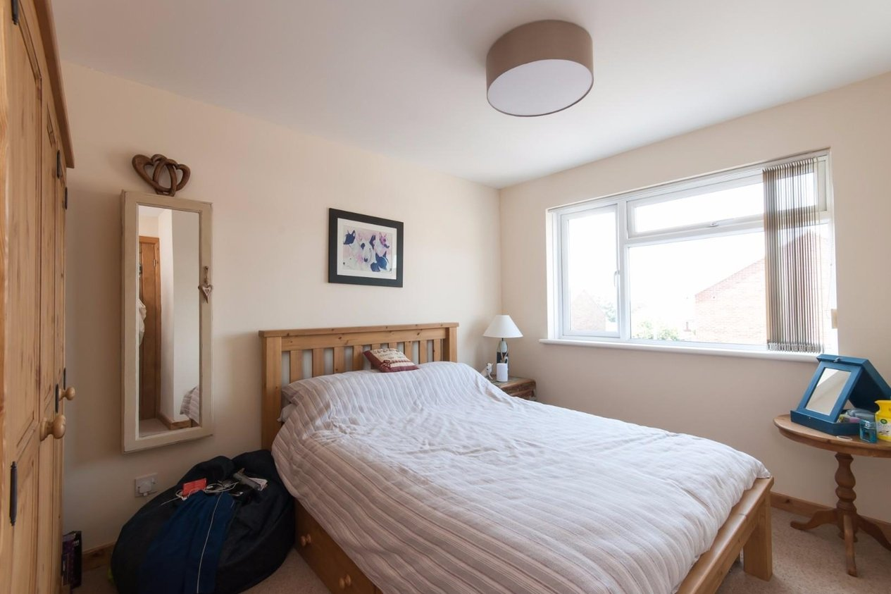 Properties Sold Subject To Contract in St. Francis Close