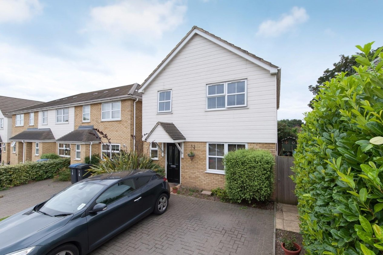 Properties For Sale in St. James Close