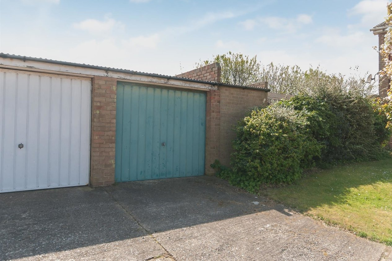 Properties Sold Subject To Contract in St. Jeans Road