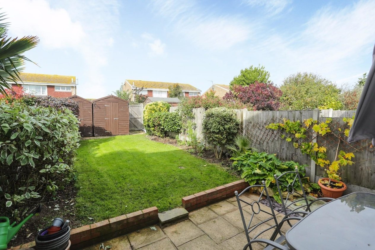 Properties For Sale in Staplehurst Gardens