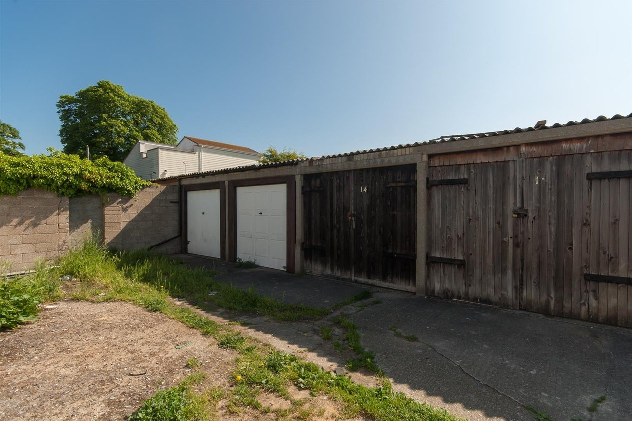 Properties Sold Subject To Contract in Streete Court Road