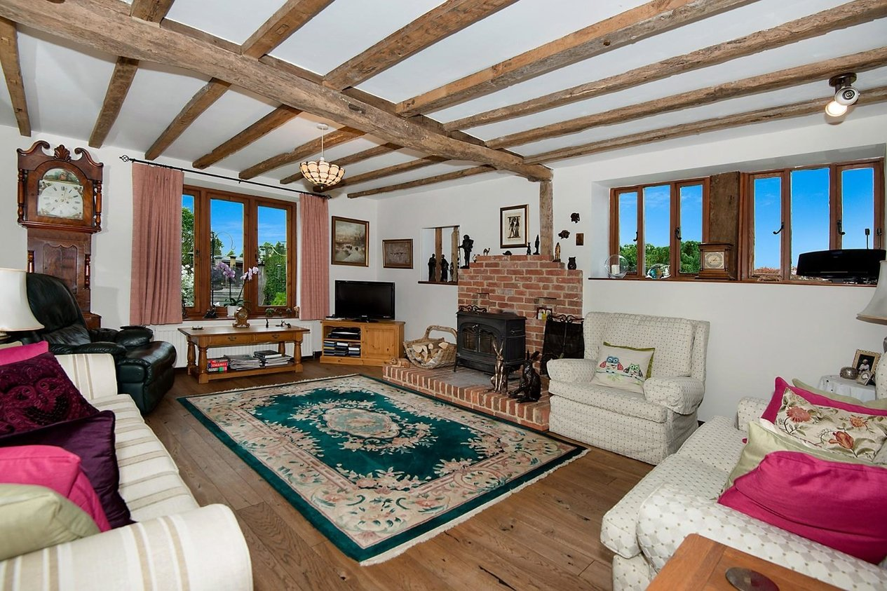 Properties Sold Subject To Contract in 3 Stuppington Court Farm Merton Lane