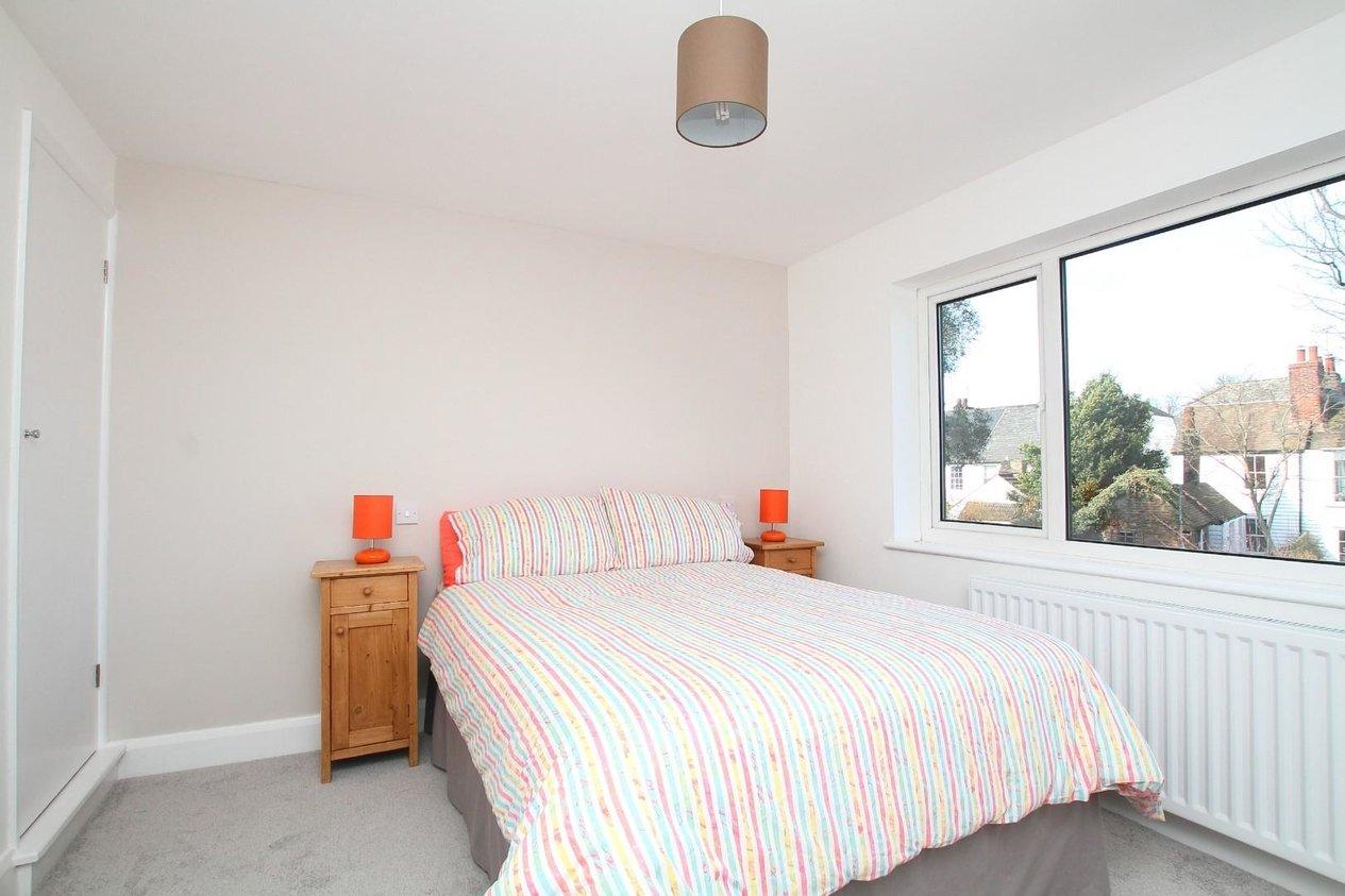 Properties For Sale in Swanfield Road