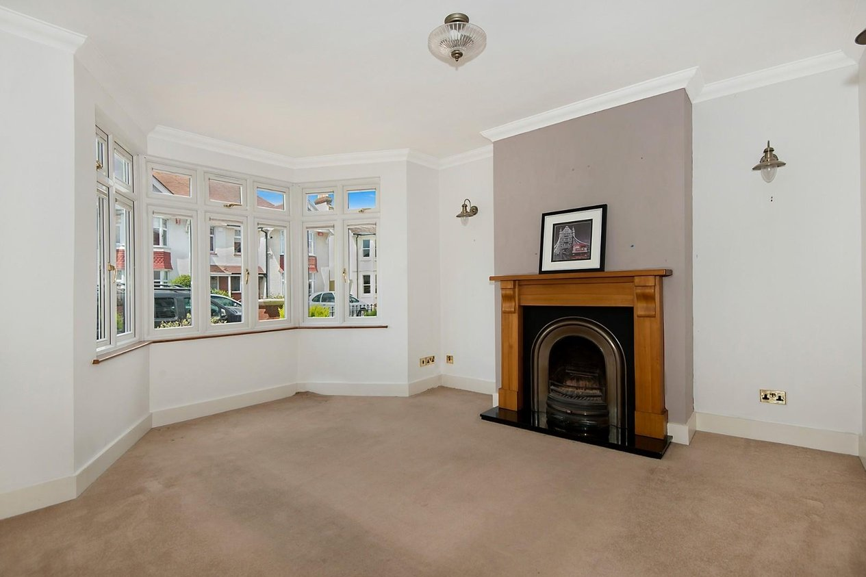 Properties For Sale in Swinburne Avenue