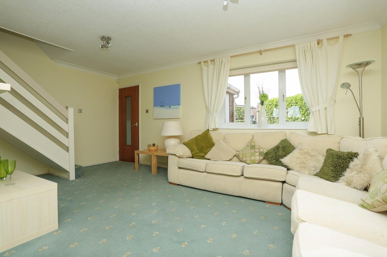 Properties For Sale in Teynham Close Cliftonville