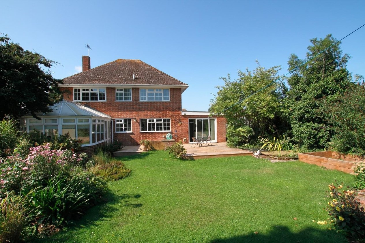 Properties Sold Subject To Contract in The Fairway