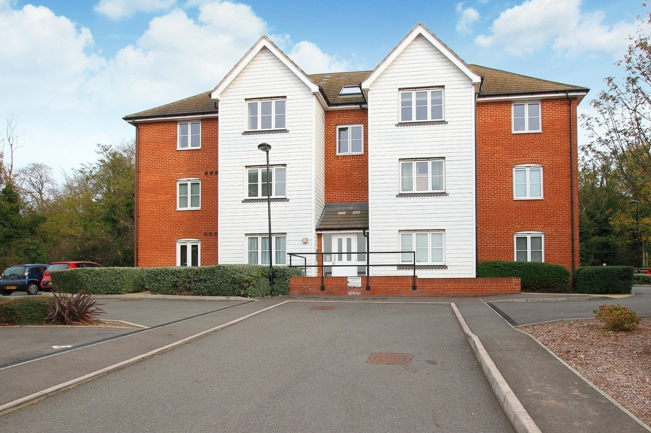 Properties Sold Subject To Contract in The Links